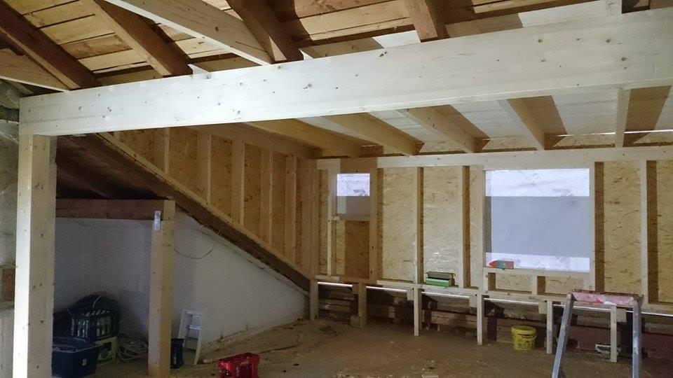 gauben einbau f hrt zu wohnraumerweiterung holzbau ellwanger. Black Bedroom Furniture Sets. Home Design Ideas